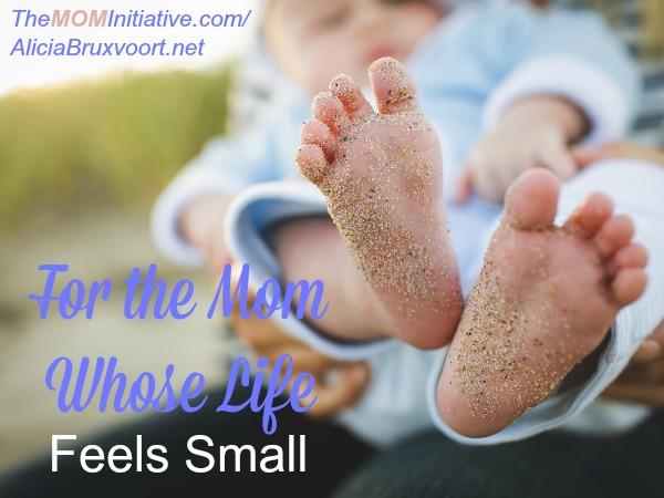 feels-small